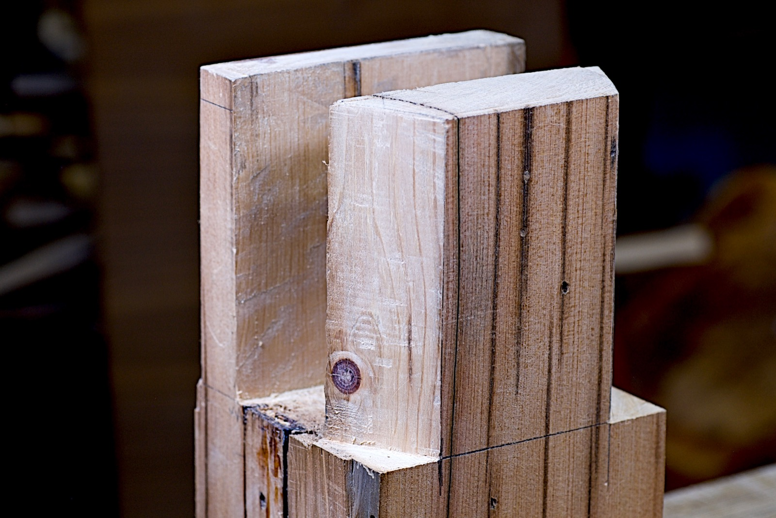The finished double tenon sliding dovetail leg joint.
