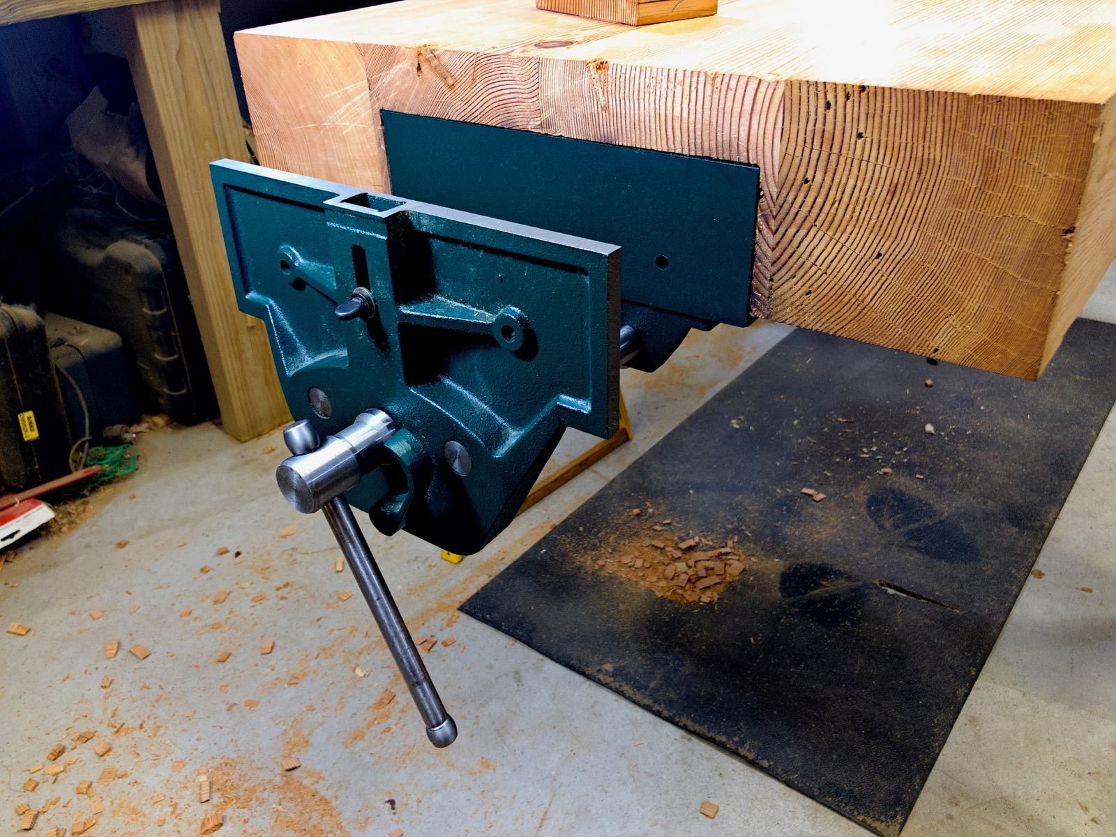 The vise installed in version 1.